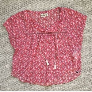 🌷 Hollister Crop Blouse With Tassels 🌷